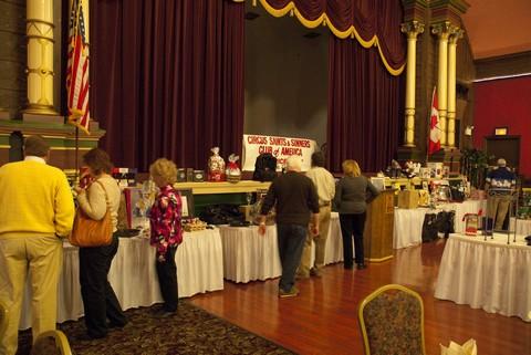 2010 saints & sinners charity auction 002.jpg
